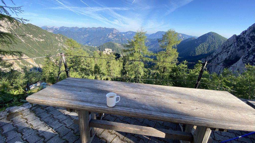Jutranja kava z razgledom